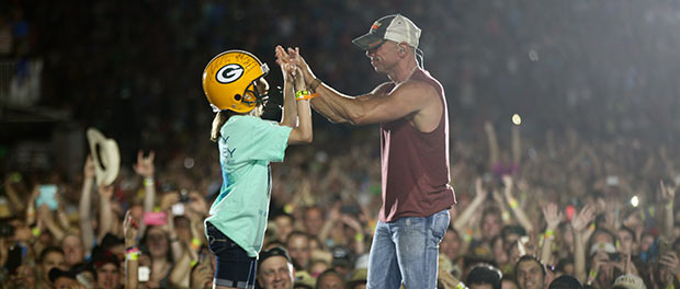 Kenny Chesney at Lambeau Field on June 20, 2015 Credit: Jill Trunnell