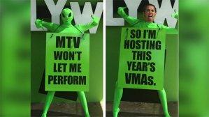 Miley Cyrus - MTV Vidoe Music Awards Host 2015