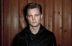 Frankie Ballard Photo Credit: Saam Gabbay courtesy of Yahoo Music