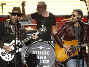 Hank Williams Jr. & Eric Church / Photo by: John Russell / CMA