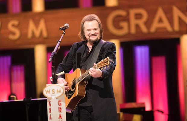 Travis Tritt celebrated his 25th anniversary of becoming an Opry member Tuesday night, February 28. © 2017 Grand Ole Opry / Photos by Chris Hollo