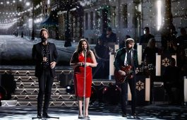 "Lady Antebellum performs ""Silver Bells"" and ""This Christmas"" during ""CMA Country Christmas,"" airing Monday, Nov. 27 on the ABC Television Network. Lady Antebellum returns to ""CMA Country Christmas"" to perform for a third year. Photo Credit: Donn Jones / CMA"
